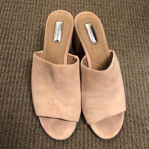 Light pink Halogen heeled slides Size 9